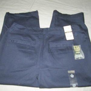 NEW  SIZE 12 CYNTHIA ROWLEY WOMEN'S CAPRI PANTS